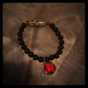 Jewelry - Black beaded snap bracelet with red square snap